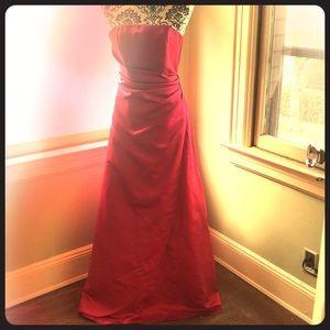 PROM BRIDESMAID Fuchsia dress size 2